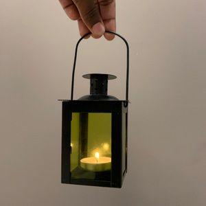 candle lantern.